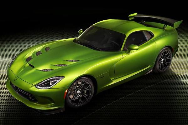 SRT Viper in Stryker Green
