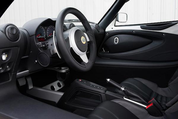 Lotus Exige S Auto Interior