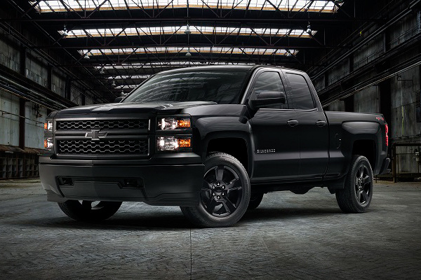 Chevrolet Silverado WT Receives a Black Out Package ...