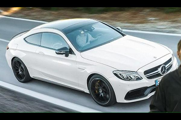 Mercedes-AMG C63 S Leak