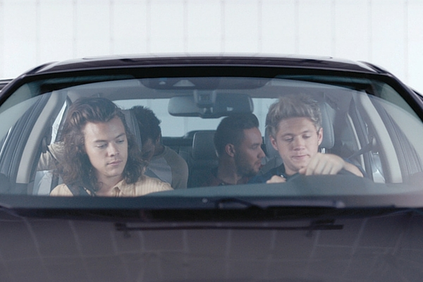 One Direction driving the 2016 Honda Civic Sedan