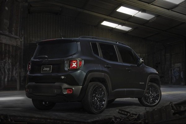 2016 Jeep Renegade Batman v Superman Edition