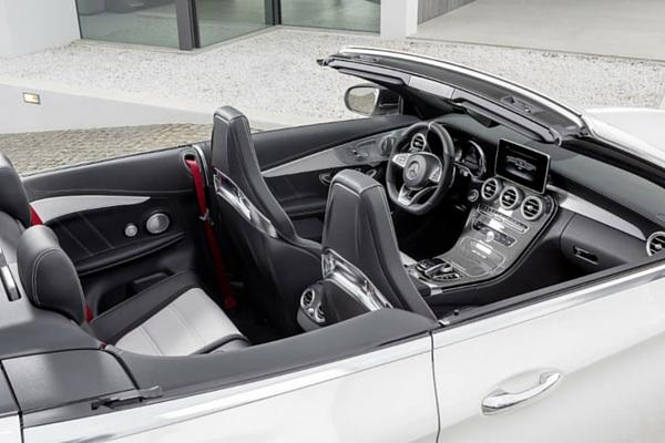 Mercedes-AMG C 63 Cariolet interior