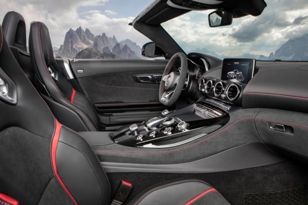 2017 Mercedes-AMG GT Roadster interior