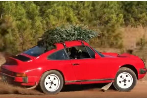 Santa's Porsche Safari 911