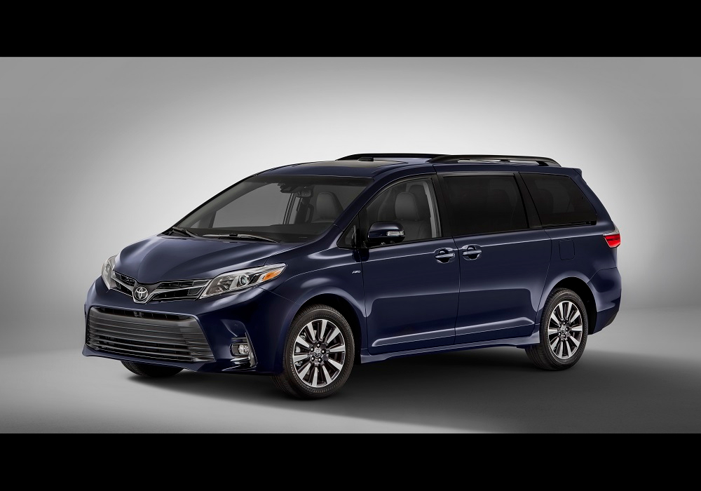 2018 Toyota Sienna Gains New Tech, a New Look, and More ...