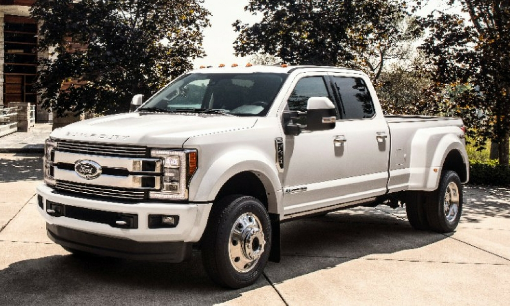 People Are Hating On The Ford F 450 Super Duty Limited