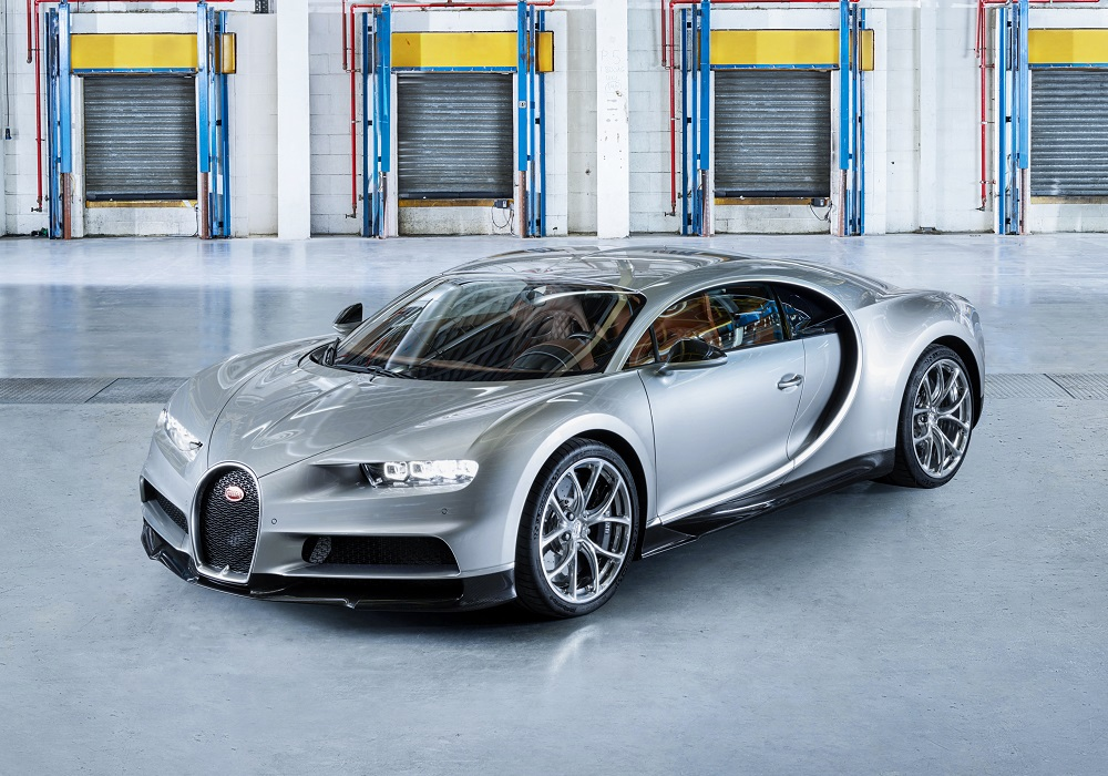 The 200 Mph Club 19 Fastest Production Cars You Can Buy Insider